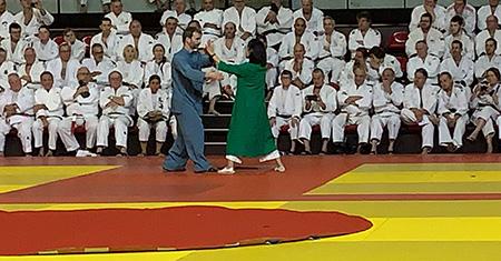 Weijia Cambreleng et Rodolphe Pollet lors du kagami biraki 2020